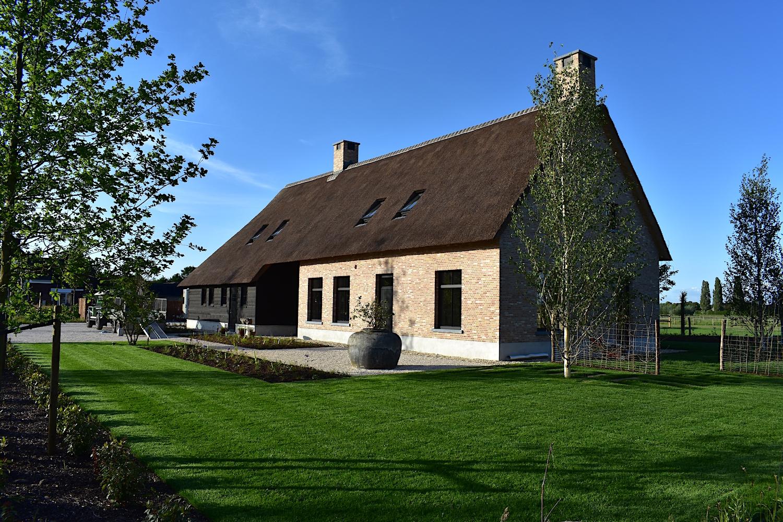 Hippisch project te Rijsbergen - Cis Van der Linden Tuinaanneming en -Architectuur
